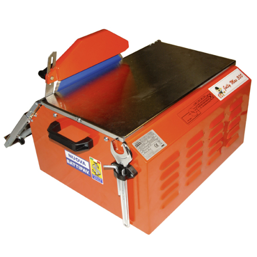 Electrical wet tile saw